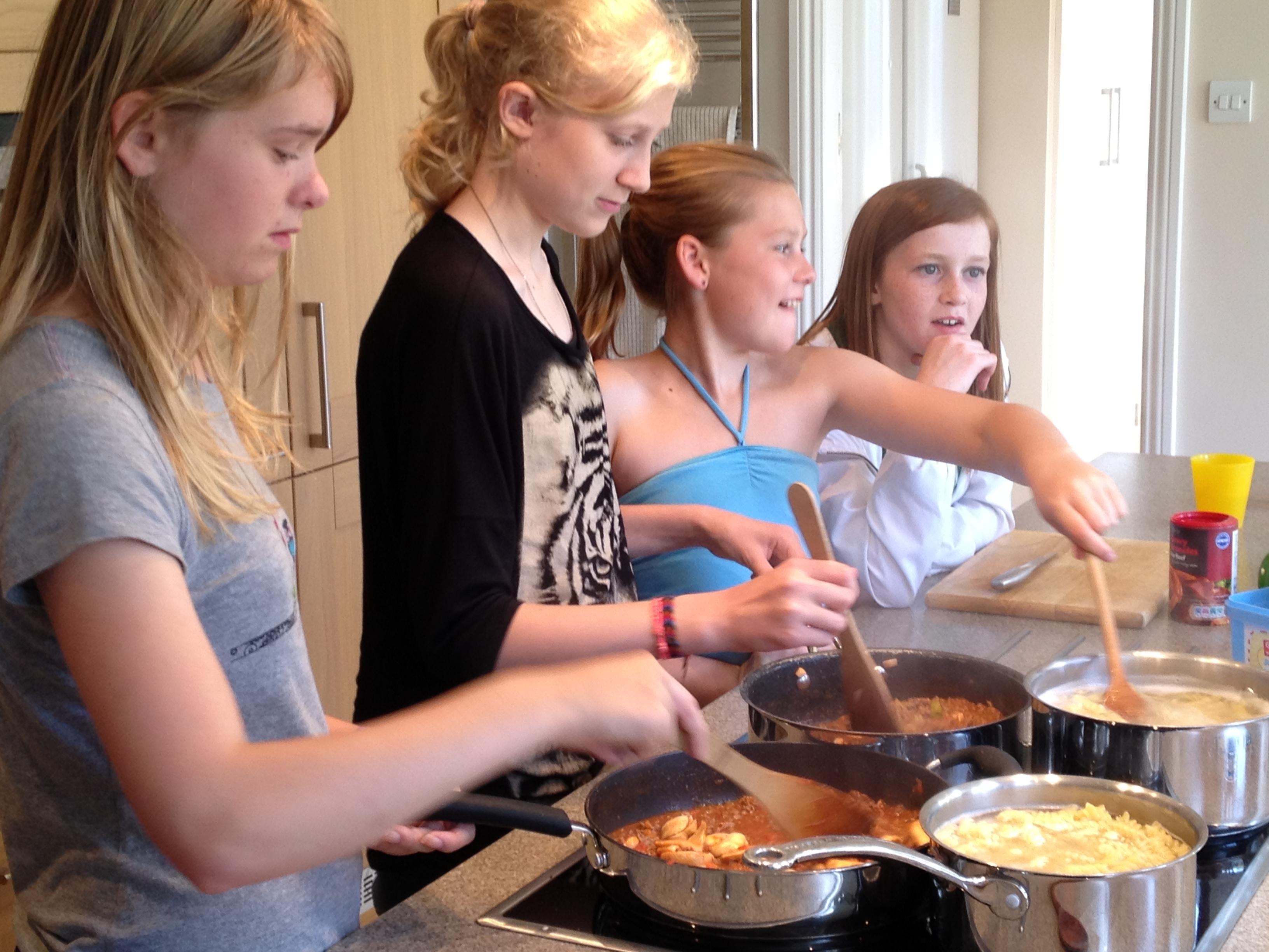 Holigators Cooking